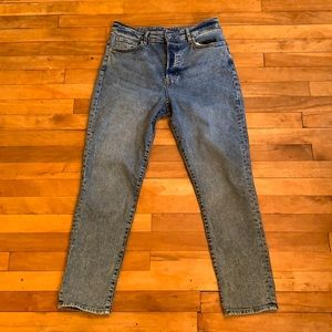 4/$40 - H&M Mom Jeans High Waist - Size 10
